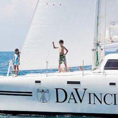 Sailing & Racing Catamaran kids ahoy!