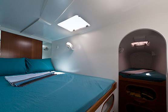 Sailing & Racing Catamaran deluxe double cabin