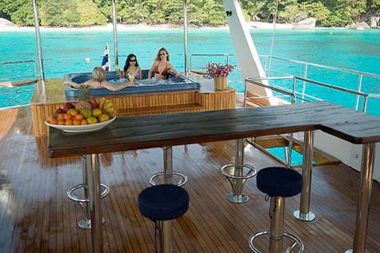 Luxury Sailing & Motor Catamaran top deck bar & jacuzzi
