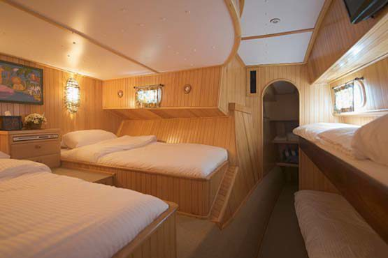 Luxury Sailing & Motor Catamaran family cabin with bunk beds
