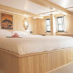 Luxury Sailing & Motor Catamaran second deluxe double cabin