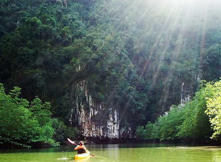 Kayaking in Krabi Hong
